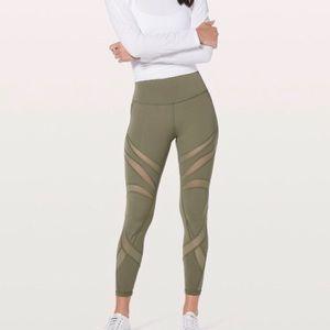 Lulu Lemon Wunder Under high rise leggings